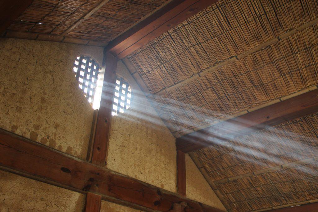 ハートの明り窓